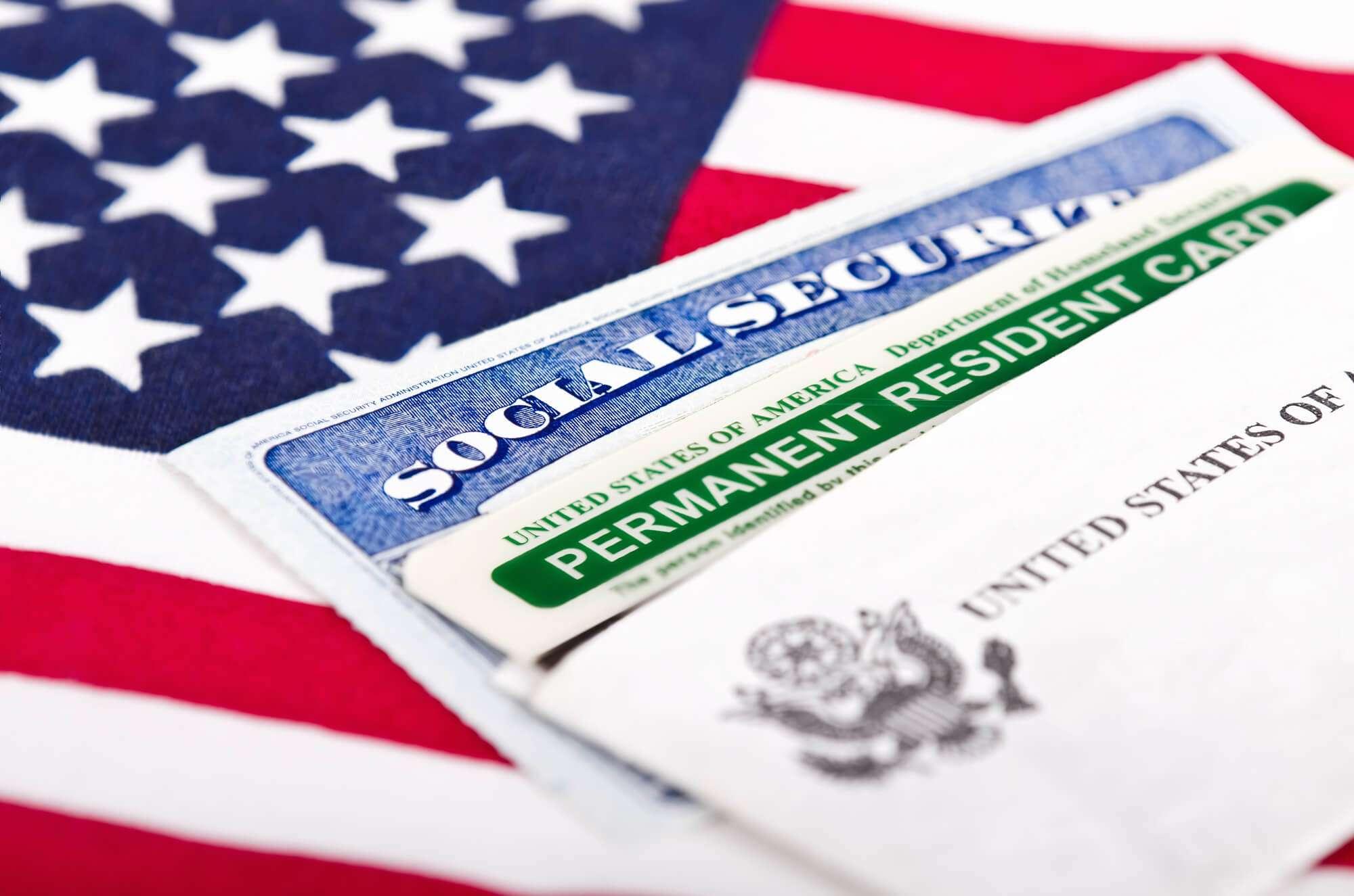 Afinal, o que é o Green Card? Veja como conseguir o seu!