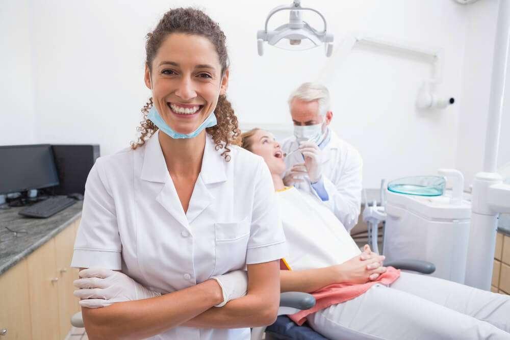Afinal, o que fazer para trabalhar como dentista nos EUA?